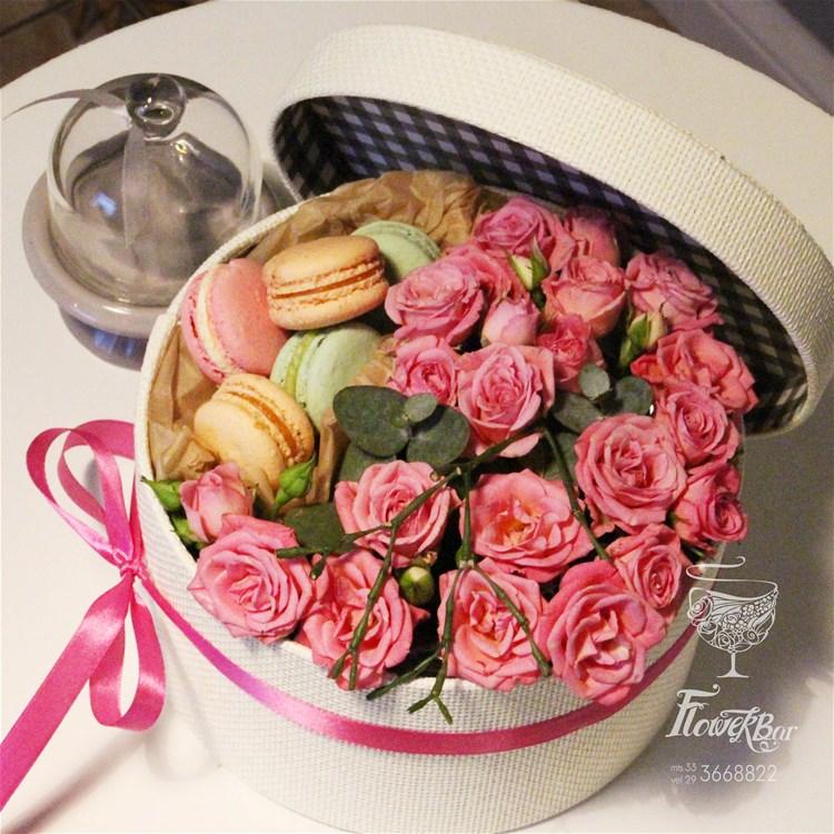 Цветы, букеты и корзины ко Дню матери IC73