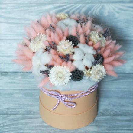 Шляпная коробка из сухоцветов N001
