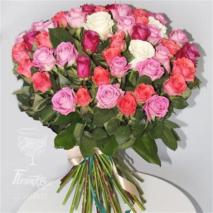 Букет из 51 розовой розы B129
