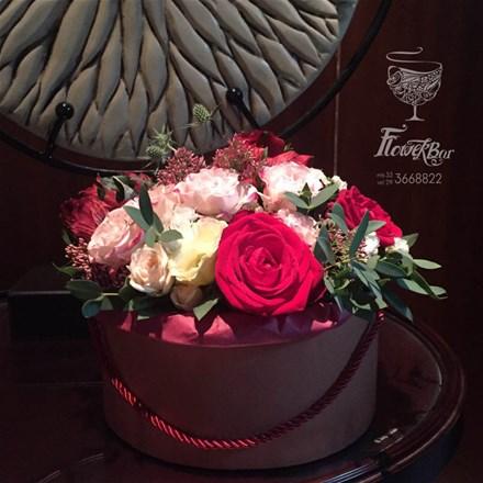 Коробка с цветами ROYAL S151