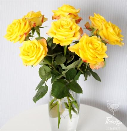 Роза желтая (шт)