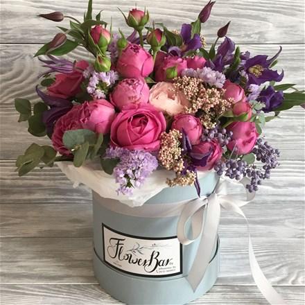 Шляпная коробка с цветами S025