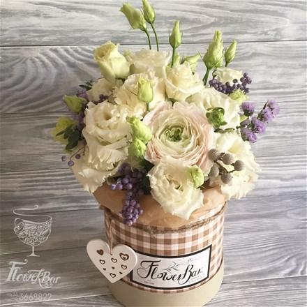 Шляпная коробка с цветами S087