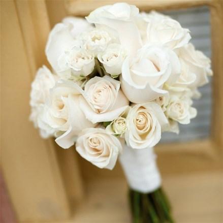 Свадебный букет из роз Е156
