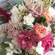 """Шляпная коробка с цветами """"AMOUR"""" M142"""