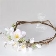 Свадебный венок из цветов на голову  F002
