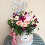 Шляпная коробка с цветами  M126