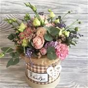 Шляпная коробка с цветами XS087