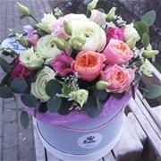 Шляпная коробка с цветами M104
