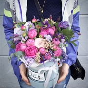 Шляпная коробка с цветами XS025