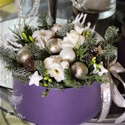 Шляпная коробка с цветами S122