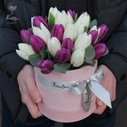 Шляпная коробка с тюльпанами  S123