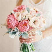 Свадебный букет из пионов и роз Е102
